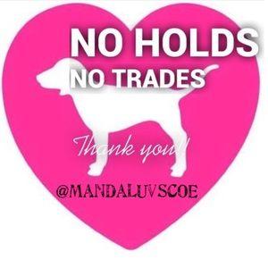 🚫NO HOLDS/🚫NO TRADES CLOSET